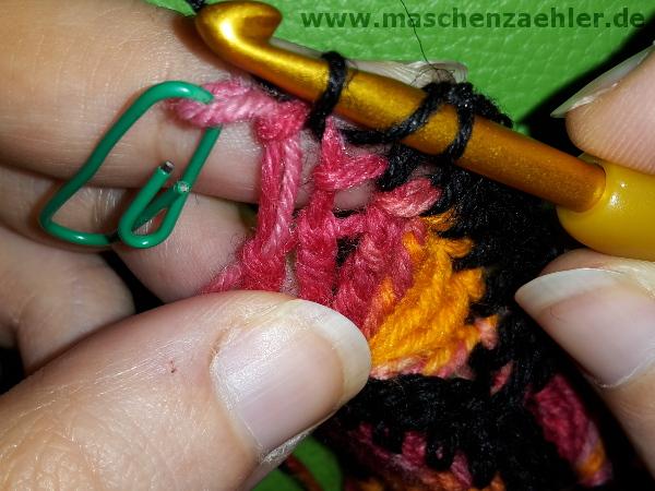 Farben gemeinsam abmaschen - eingestochen